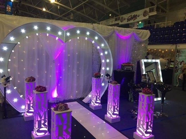 LED Light Up Love Heart Arch