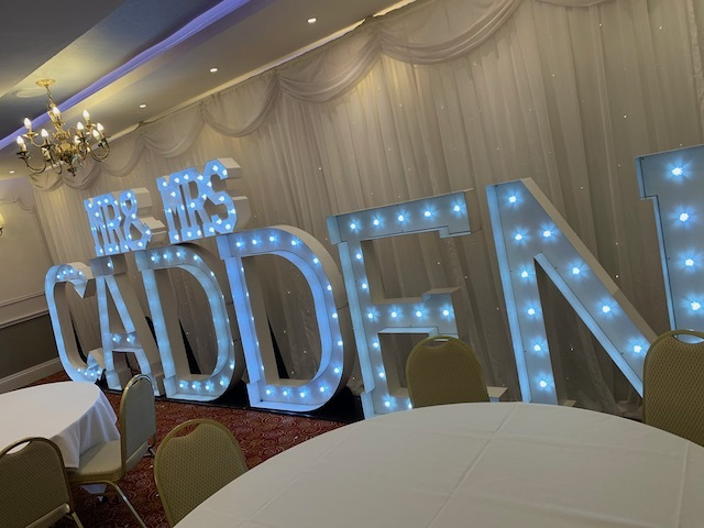 Light Up Mr & Mrs Surname
