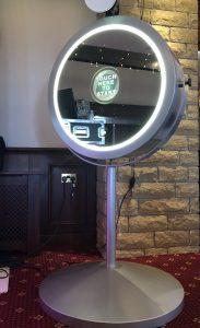 Pennine Manor Beauty Mirror Photo Booth