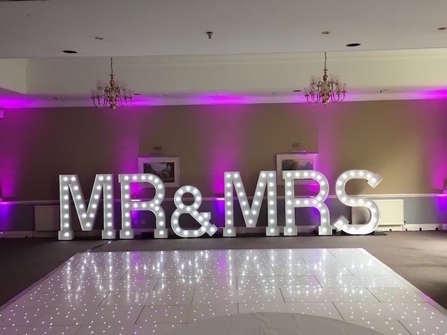 Light Up Mr & Mrs