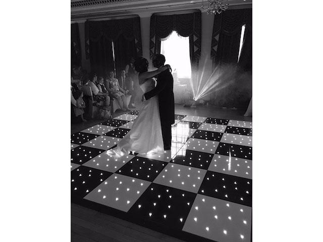 Black & White Wedding Theme